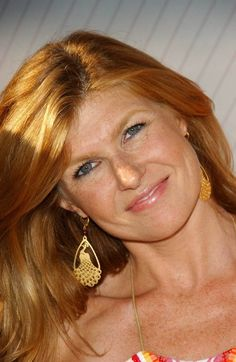 Connie Britton Spring Color Palette, Spring Colors, Gorgeous Women, Beautiful People, Amazing People, Connie Britton, Flawless Beauty, Queen Hair, Classy And Fabulous