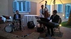 Il Blue Moon Trio Jazz ad un ricevimento di matrimonio a Roma  https://www.musicamatrimonio.it/musica-matrimonio/trio-jazz/roma/blue-moon-trio-jazz/  #matrimonio #musicamatrimonio #bandmatrimonio #bandmatrimonioroma #musicamatrimonioroma #musicajazzmatrimonio