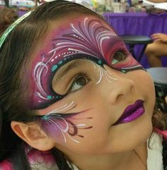 Love this face painting! Adult Face Painting, Painting For Kids, Face Painting Designs, Paint Designs, Mask Face Paint, Balloon Painting, Abstract Faces, Brown Blonde Hair, Maquillage Halloween