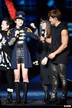 Song Ji Hyo and Kim Jong Kook, 2017 Running Man Live in Taipei