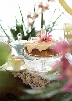 Lemon cake with earl grey icing fromFood, Fashion, Friends by Fleur Wood...
