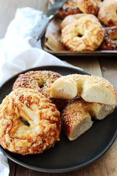 Easy Homemade Bagels - Butter and Bliss Bagel In A Hole, Yeast Packet, Homemade Bagels, Bagel Recipe, Sugar Sprinkles, King Arthur Flour, Thing 1, Egg Wash, Oven Racks
