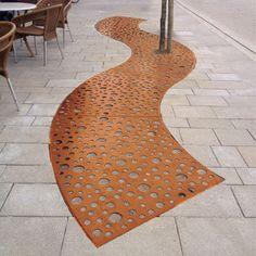 Grille d'arbre en acier COR-TEN® / autre forme STRIP Streetlife