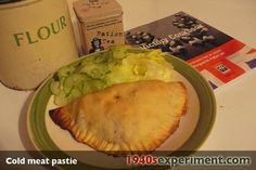 cold meat pasty 1940 (need to master GF dough first) Retro Recipes, Old Recipes, Vintage Recipes, Quick Recipes, Beef Recipes, Ethnic Recipes, Frugal Meals, Cheap Meals, War Recipe