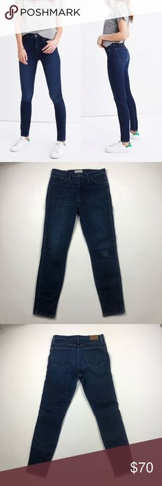 "Madewell 10"" High Riser Skinny Skinny Jeans Madewell 10"" High Riser Skinny Skinny Jeans. Our favorite lean and sexy jeans in deep indigo with a broken-in vibe. The sky-high 10"" rise has a supersleek effect, thanks to a tricky detail—Magic Pockets in front that offer an extra layer of holds-you-in sorcery for the slimmest, smoothest look yet. In great condition.   {Measurements laying flat} Waist: 31"" Rise: 10"" Inseam: 28""  88% Cotton, 8% Polyester, 4% Elastane  ❌No Trades❌ 📦Fast Shipping📦…"