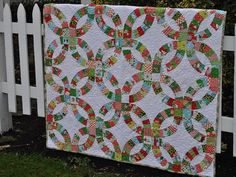 Awesome pickledish quilt. Again, brights + white = winning quilts