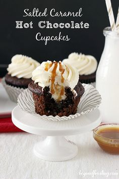 Salted Caramel Hot Chocolate Cupcakes ~ Oh my gosh! This is my next dessert project. Hot Chocolate Cupcakes, Salted Caramel Hot Chocolate, Yummy Cupcakes, Chocolate Cake Mixes, Chocolate Caramels, Cupcake Recipes, Baking Recipes, Cupcake Cakes, Dessert Recipes