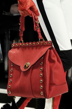 Moschino at Milan Fashion Week Fall 2012. Stylish HandbagsCute ... 042108d43ec9d