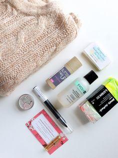 Vegan Cuts Beauty Box November 2014 | short, small, & sweet