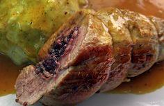 Solomillo Relleno de Morcilla y Pistachos en Salsa de Curry Picante