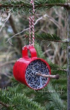 Nature Crafts Winter Bird Food for Outdoors Bird House Feeder, Diy Bird Feeder, Bird Suet, Garden Crafts, Garden Art, Garden Ideas, Garden Birds, Garden Guide, Bird Seed Ornaments