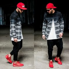 Obey Snapback, H&M Flannel, Zara Jogger, Nike Roshe Run Safari Premium, Lusardi London Skull Ring