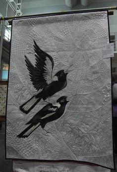Helen Godden Zen Magpies 3 Painted on silk sateen Longarm Quilting, Free Motion Quilting, Bird Quilt, Machine Quilting Designs, Animal Quilts, Fabric Art, Cotton Fabric, Quilt Making, Textile Art