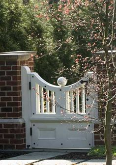 Gate, Spitzmiller and Norris, white, wooden gate, classic