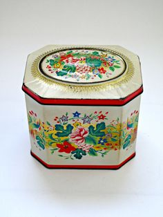 Charming Vintage Floral Tin by GoodnightPrudence on Etsy
