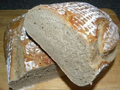 Einsteigerbrot I owe this recipe to the former CK user harryad. A retired teacher who is passionate about baking bread and who is always very helpful in answering beginner questions … Pampered Chef, Bread Recipes, Cookie Recipes, Pumpkin Spice Cupcakes, Cinnamon Cream Cheeses, Fall Desserts, How To Make Bread, Bread Baking, Food And Drink