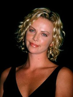 Charlize Theron - classic beauty, gorgeous curls  #OuidadCurls
