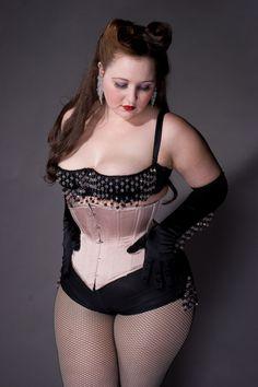 Katherine Lashe. Gorgeous...finally show some big girls in retro lingerie!