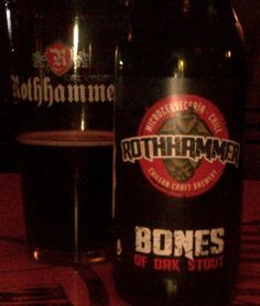 Cerveja Rothhammer Bones of Oak Stout, estilo American Stout, produzida por Cervecería Rothhammer, Chile. 5.3% ABV de álcool.