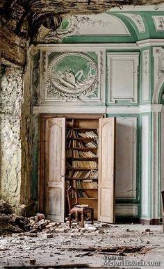 25 Lugares Abandonados Que Fueron Vida Y Ahora Son Solo Recuerdos  Estos lugares me parecen hermosos y me llenan de melancolia al pensar en todo lo ...