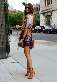 Street style: Printed dress and lace up heels