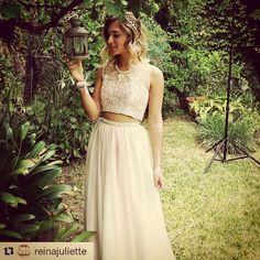 81e2e5395 Hermoso vestido de 15 en dos partes color claro diseñado por Reina Juliette  Vestidos de 15