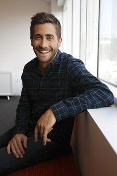 instagram -JakeGyllenhaalDaily  Jake Gyllenhaal