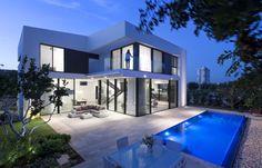 CH House by Shachar Rozenfeld Architects - MyHouseIdea