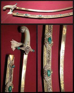 Art-of-Swords-06.jpg  19世紀のトルコ製。スチールの刃、金、ダイアモンド、エメラルド、真珠の装飾