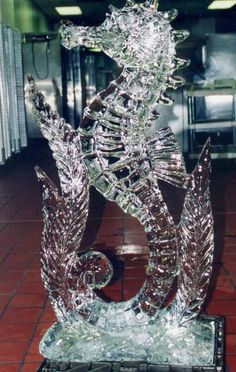 This is the biggest seahorse we have ever seen. #inked #ocean #art #ice #sculpture #seahorse #animal #cute #amazing