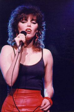 pat benatar...one of my fave 80's rock goddesses.