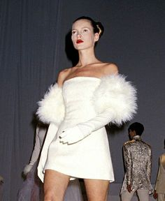 Kate Moss for Isaac Mizrahi, 1994 Fashion Line, 90s Fashion, Runway Fashion, Vintage Fashion, Fashion Outfits, High Fashion, Oui Oui, Event Dresses, Couture Fashion
