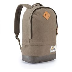 The product Lowe Alpine Guide 25 falls into the School backpacks category. Order the Lowe Alpine Guide 25 now at OutdoorXL. Worldwide delivery with Track & Trace Code, 7 days a week customer support during the opening hours of the OutdoorXL store. Canvas Backpack, Backpack Bags, Leather Backpack, Michael Kors Rucksack, Jack Wolfskin Rucksack, School Pack, Laptop Rucksack, Hiking Backpack, Saved Items