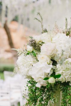 Do you find yourself daydreaming about florals? Well, you certainly will after you peek this pretty little party from Anna Roussos. Because when the couple just so happens to be MaRina (a singer who recently recorded song with James Arthur) and
