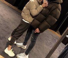 Cute Couple Pictures, Cute Couples Photos, Cute Couples Goals, Couple Goals Relationships, Relationship Goals Pictures, Matching Couple Outfits, Matching Couples, Couple Aesthetic, Muslim Couples