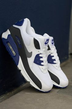Nike Air Max 90 Essential – White / Classic Grey – Dp Royal Blue – Anthracit