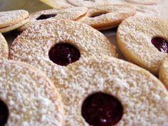 spitzbuebe (swiss christmas cookies)