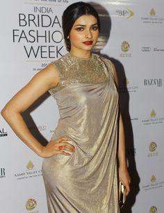 Turns into milf. Bollywood Images, Bollywood Actress Hot Photos, Beautiful Bollywood Actress, Most Beautiful Indian Actress, Indian Bollywood, Bollywood Girls, Indian Celebrities, Bollywood Celebrities, Beautiful Saree
