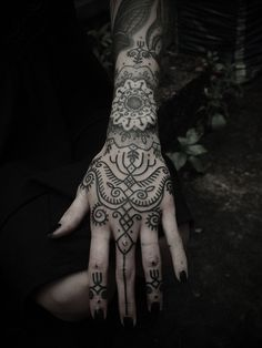 Nice Tattoo don't know if i would have the hand and fingers done.. The wrist part is what i like.