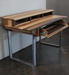 Compact Modern Wood Recording Studio Desk for Composer por Monkwood
