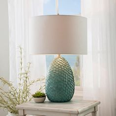 "621 Me gusta, 4 comentarios - Kirkland's (@kirklands) en Instagram: ""#WhoKnew this 'Khaleesi Blue Table Lamp' could be the perfect piece for any room! Check out this…"""
