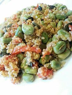Broad bean & Tomato Quinoa with pumpkin seeds