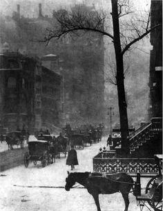 """The Street"" Alfred Stieglitz 1903"