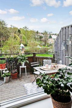 Les petites surfaces du jour : un studio avec terrasse   PLANETE DECO a homes world
