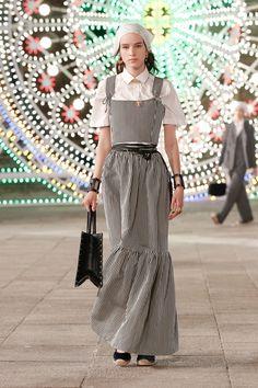 Dior Fashion, Fashion Week, Couture Fashion, Runway Fashion, Fashion Show, Dior Couture, Womens Fashion, Fashion Trends, Christian Dior