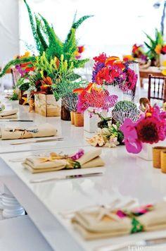 San Diego Tropical Beach Wedding #mothersday #tablescape