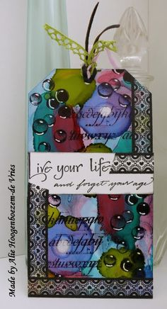 Tag with Alcohol Inks, made by Alie Hoogenboezem-de Vries