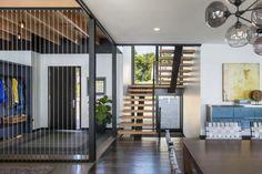 Separation idea for a Modern house entrance /hallway