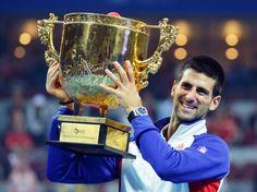 questo è il mio tennista preferito,novak djokovic,un giocatore serbo numer 1 al mondo