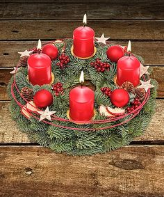 Christmas Advent Wreath, Christmas Planters, Christmas Window Display, Christmas Tree Design, Christmas Arrangements, Christmas Table Settings, Christmas Centerpieces, Christmas Time, Christmas Decorations